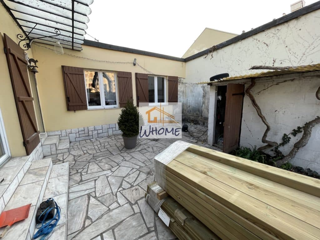 whome-terrasse-pin-rehaussee-base-yvelines