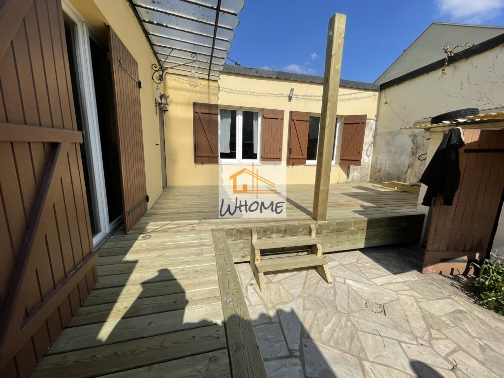 whome-terrasse-pin-rehaussee-escalier-houilles