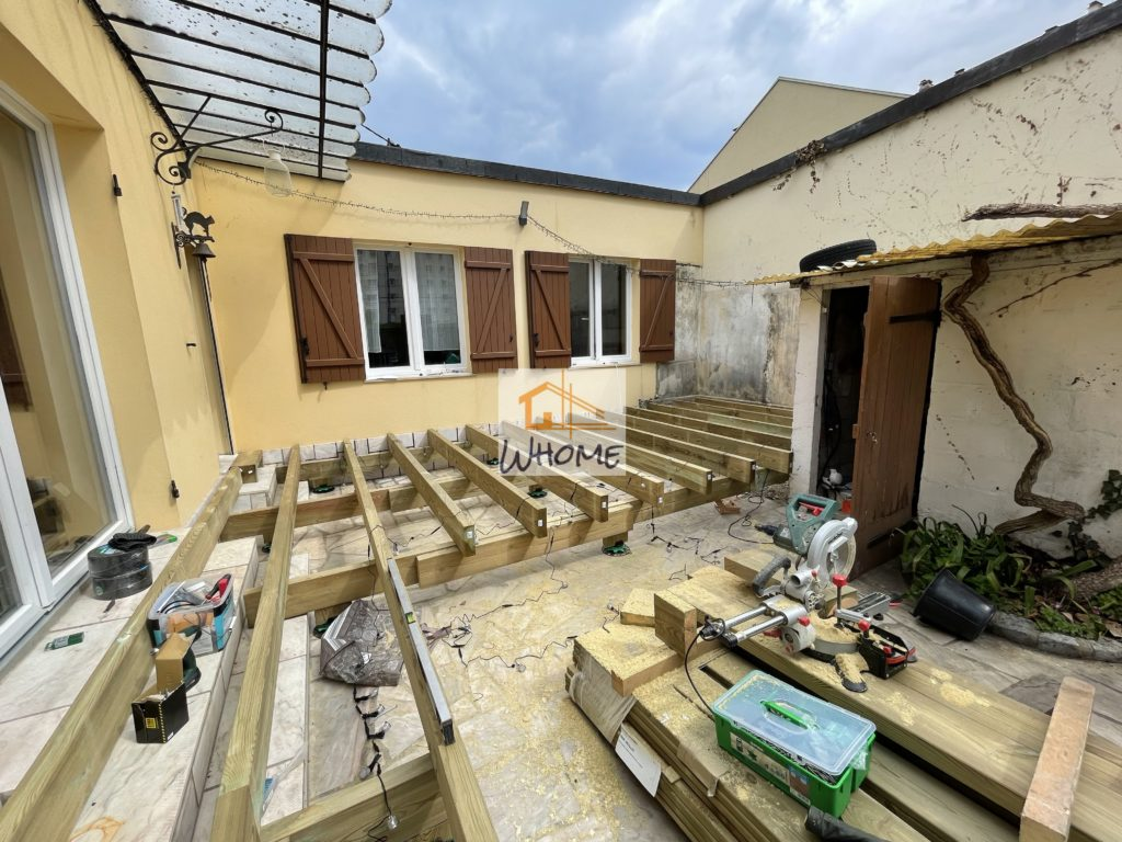 whome-terrasse-pin-rehaussee-structure-bastaing-houilles
