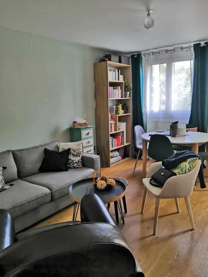 whome-renovation-séjour-salon-sol-pvc-chene-yvelines